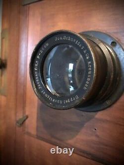 Ancienne Chambre Photographique De Voyage En Noyer / Gilles Faller / Fin XIX e