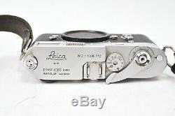 Appareil photo Leica M2 #1005712. Boitier seul. Avec bouchon de boitier