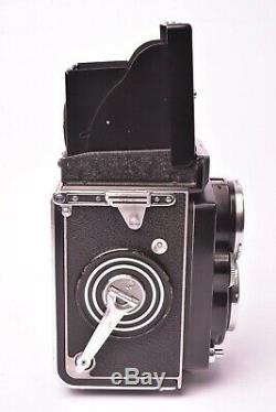 Appareil photo TLR Rolleiflex 2.8 D avec objectif Planar f/2.8 80mm. #1610773