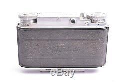 Appareil photo Voigtlander Vito III avec objectif Ultro f/2-50mm et Pare-Soleil