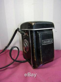 Appareil photo Yashica 12. (Copal-SV) vers 1960 + sacoche