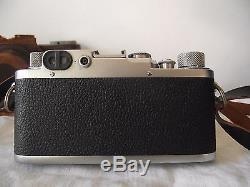 Appareil photo ancien Leica IIIf vers 1950. Objectif Leitz