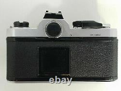 Appareil photo argentique SLR ancien vintage Nikon FM 35 mm boitier seul