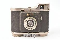 Appareil photo miniature Elca par Elop avec objectif Elocar f/4.5 35mm