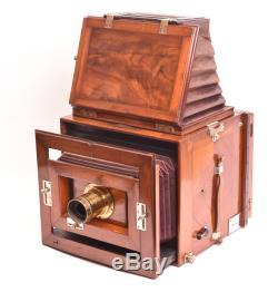 Appareil photographique Lechner (attribué à) reflex camera. Format 18x24 cm