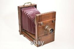 Appareil photographique de voyage. Format 13x18. Circa 1880. Objectif Derogy
