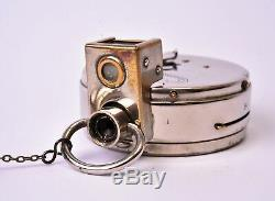 Appareil photographique miniature / espion. The Ticka watch camera