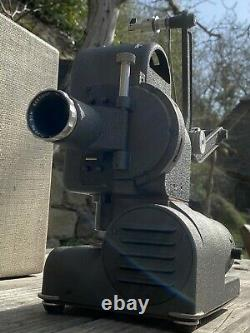 LOT exceptionnel Projecteur BEAULIEU K1 8mm avec valise/écran+ Camera BEAULIEU