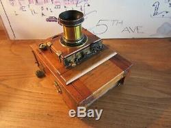 Petite Chambre photographique en bois format 9x12