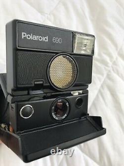Polaroid SLR 690 bouton noir