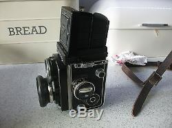 Rolleiflex Planar F2.8 2.8F 80mm Carl Zeiss lens (Franke & Heidecke) camera