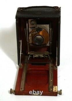 Très Belle Chambre Photographique, 9X12. Soufflet orange et acajou