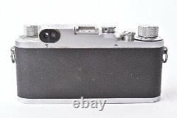 Vintage appareil photo Leica IIIc, objectif Elmar f/3.5 50mm. Avec étui