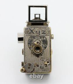 XYZ LANCART Ets images de 12 x 15 mm Paris France Rare miniature Vers 1935
