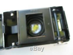 Zeiss Ikon Kolibri de nuit (Nacht Kolibri) objectif Biotar 4,5cm f2. Etui cuir